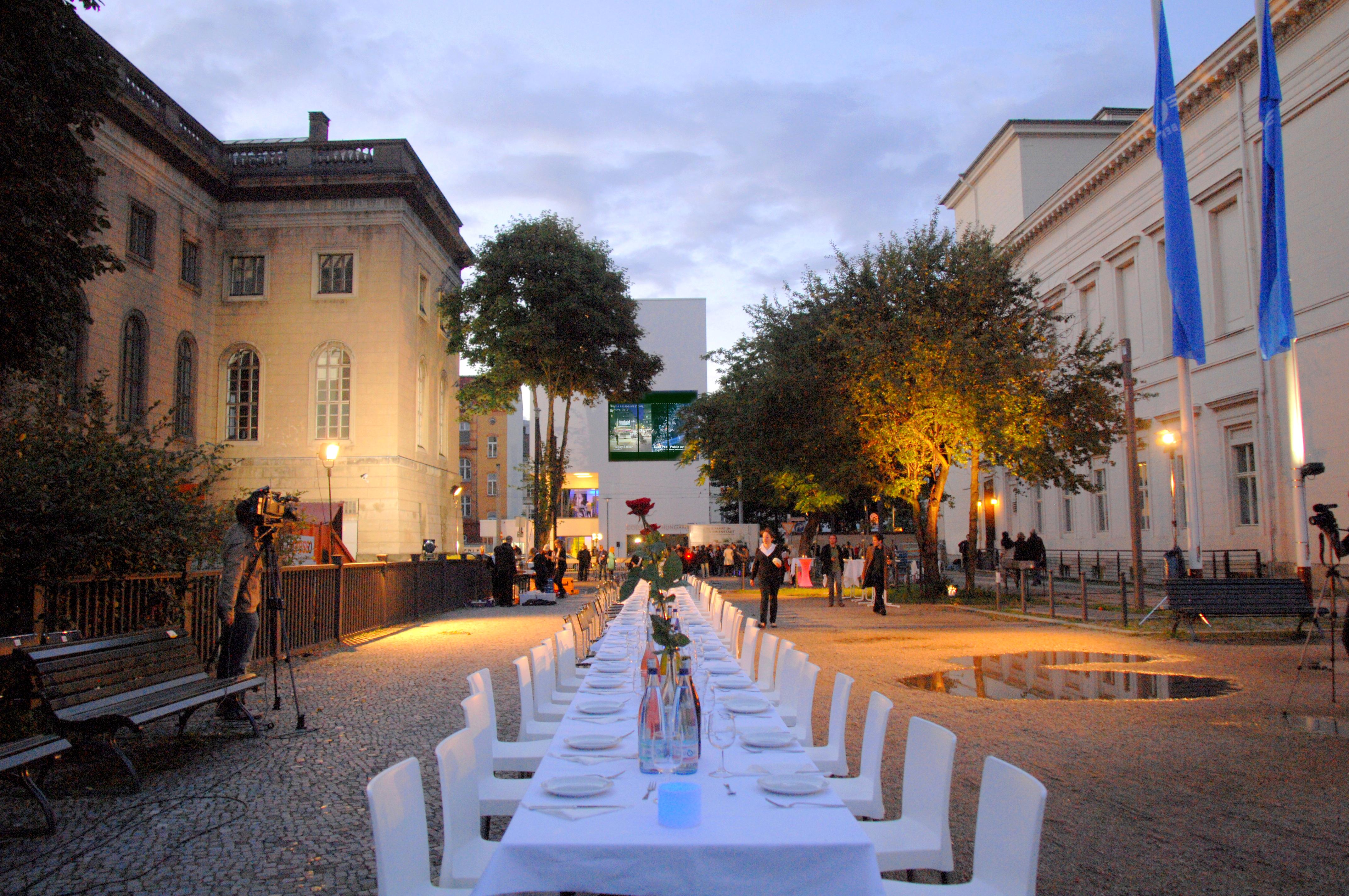 'Mobile Dinner' at Collegium Hungaricum in Berlin